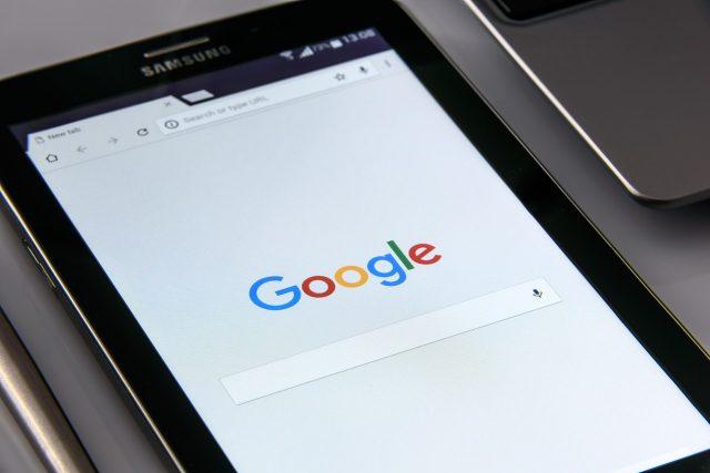 Cambiar de País creando una nueva cuenta de Google.